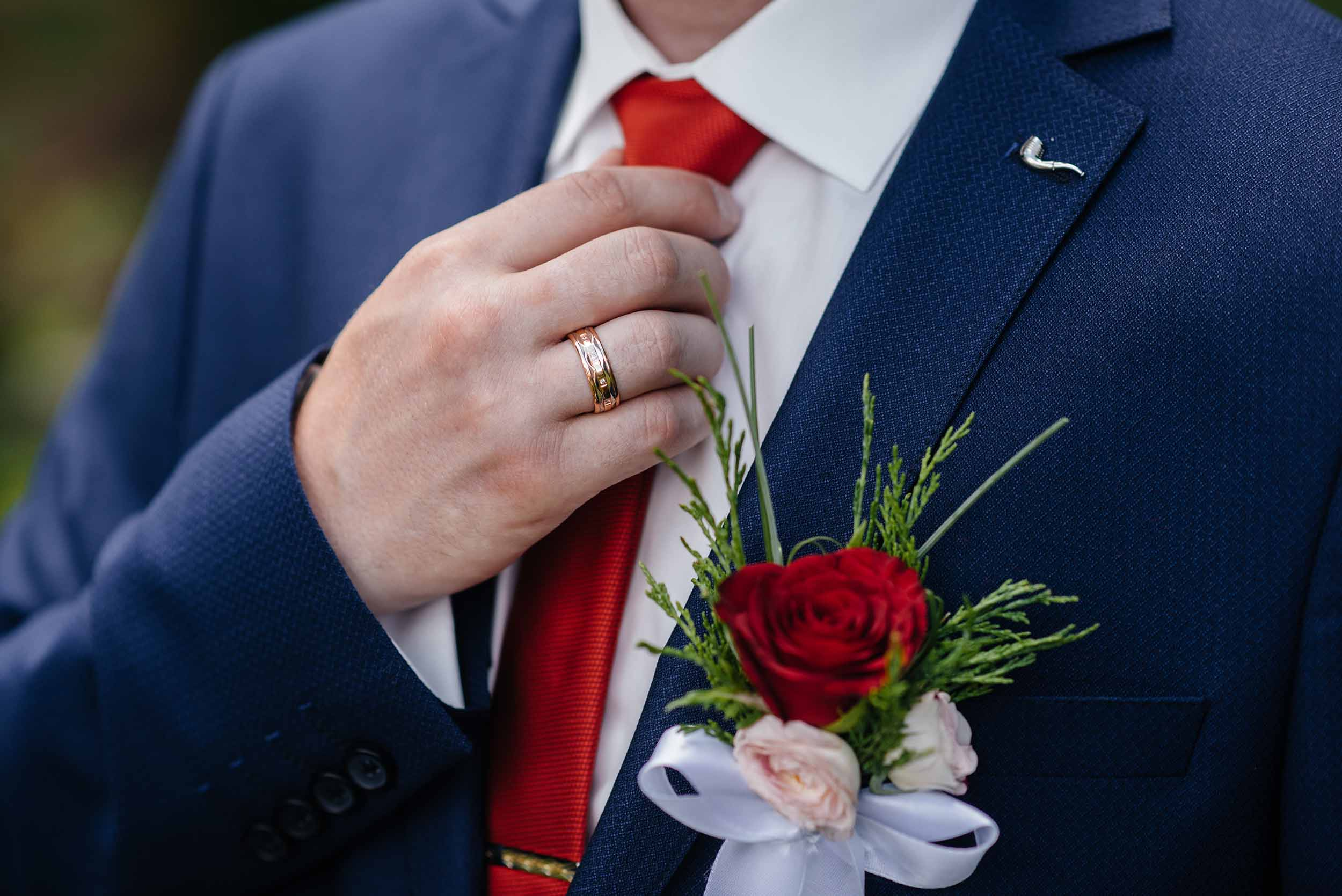 Come fare il nodo della cravatta
