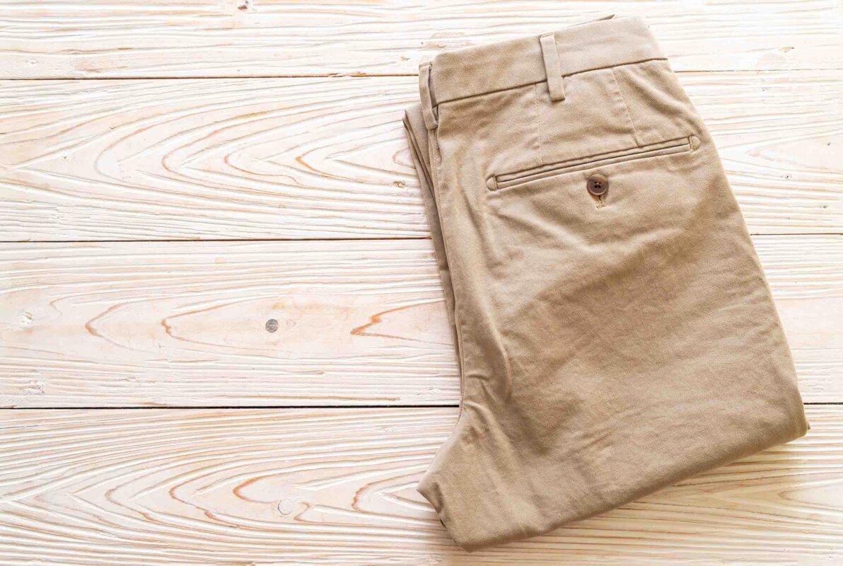 Pantaloni chinos uomo